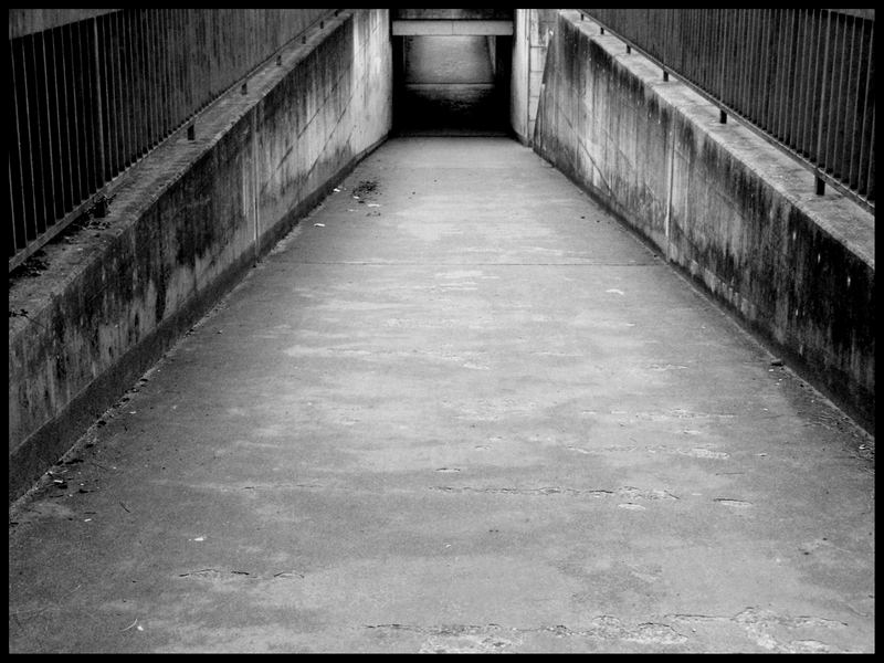 Urban Feelings Serie: Weg ins dunkle