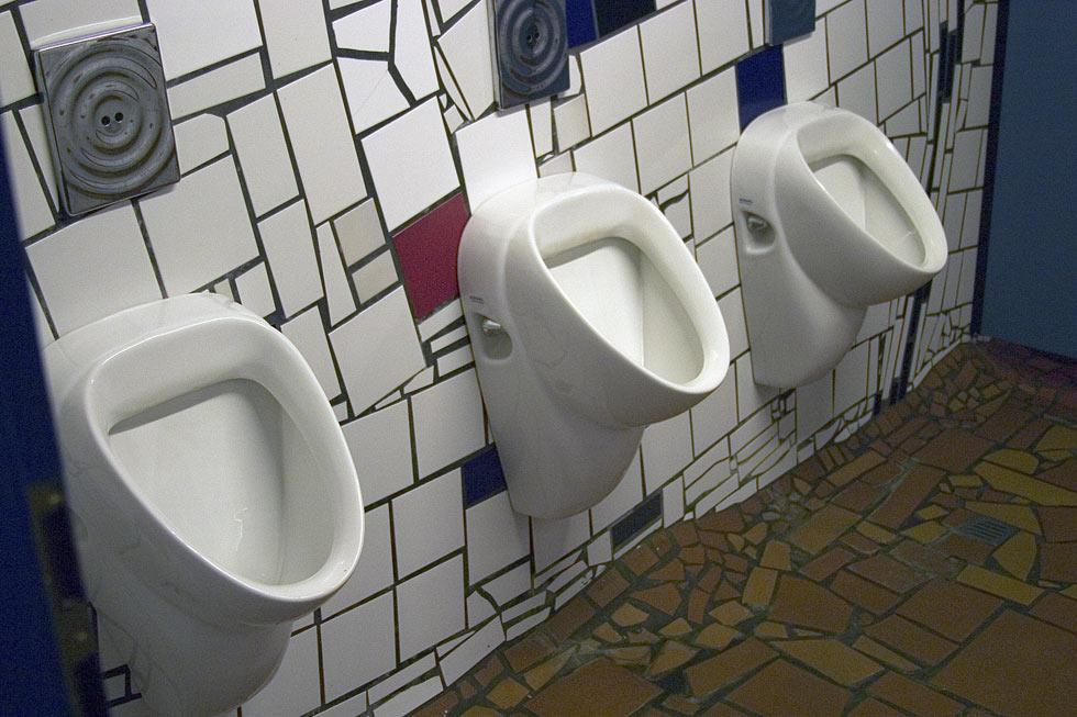 Urinalbecken.............