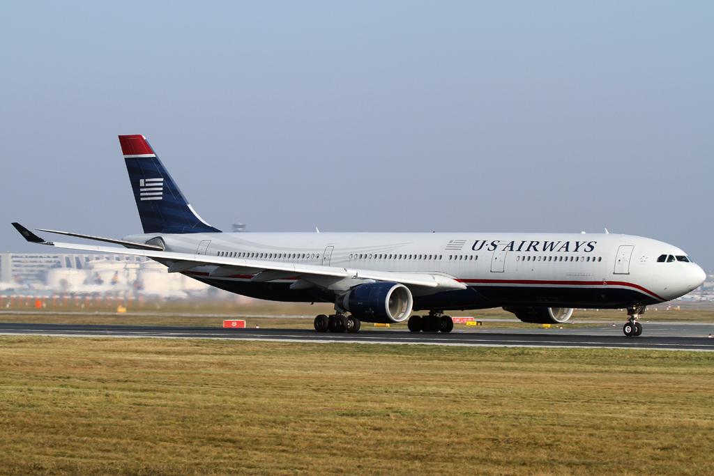 US Airways A330 beim Takeoff auf der RWY 18