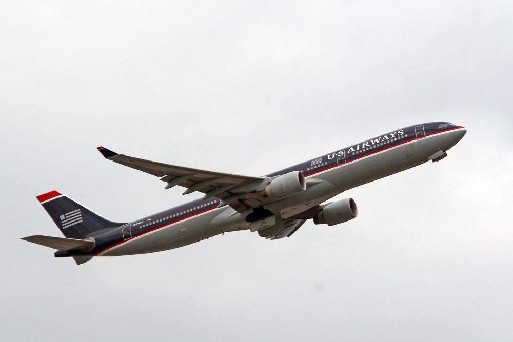 US Airways Airbus A330-323X (N276AY)