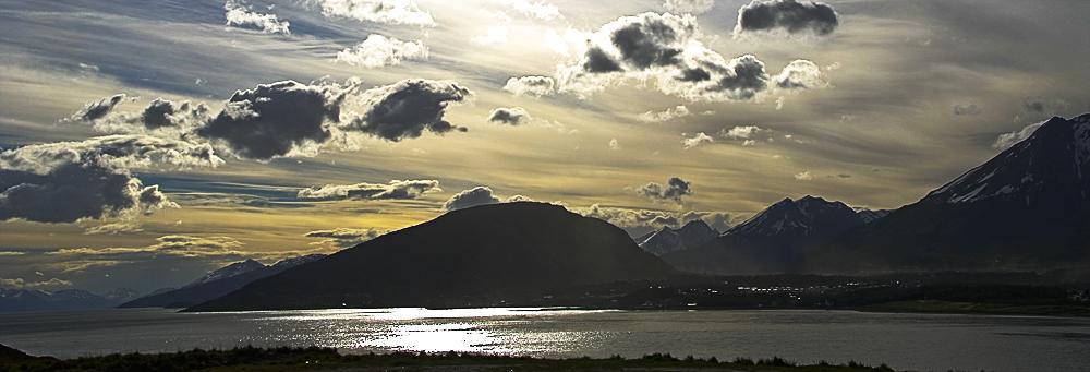 Ushuaia mit Blick auf den Beagle Kanal