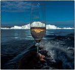 uuuups, jetzt ist mir der Eisberg ins Glas gefallen...
