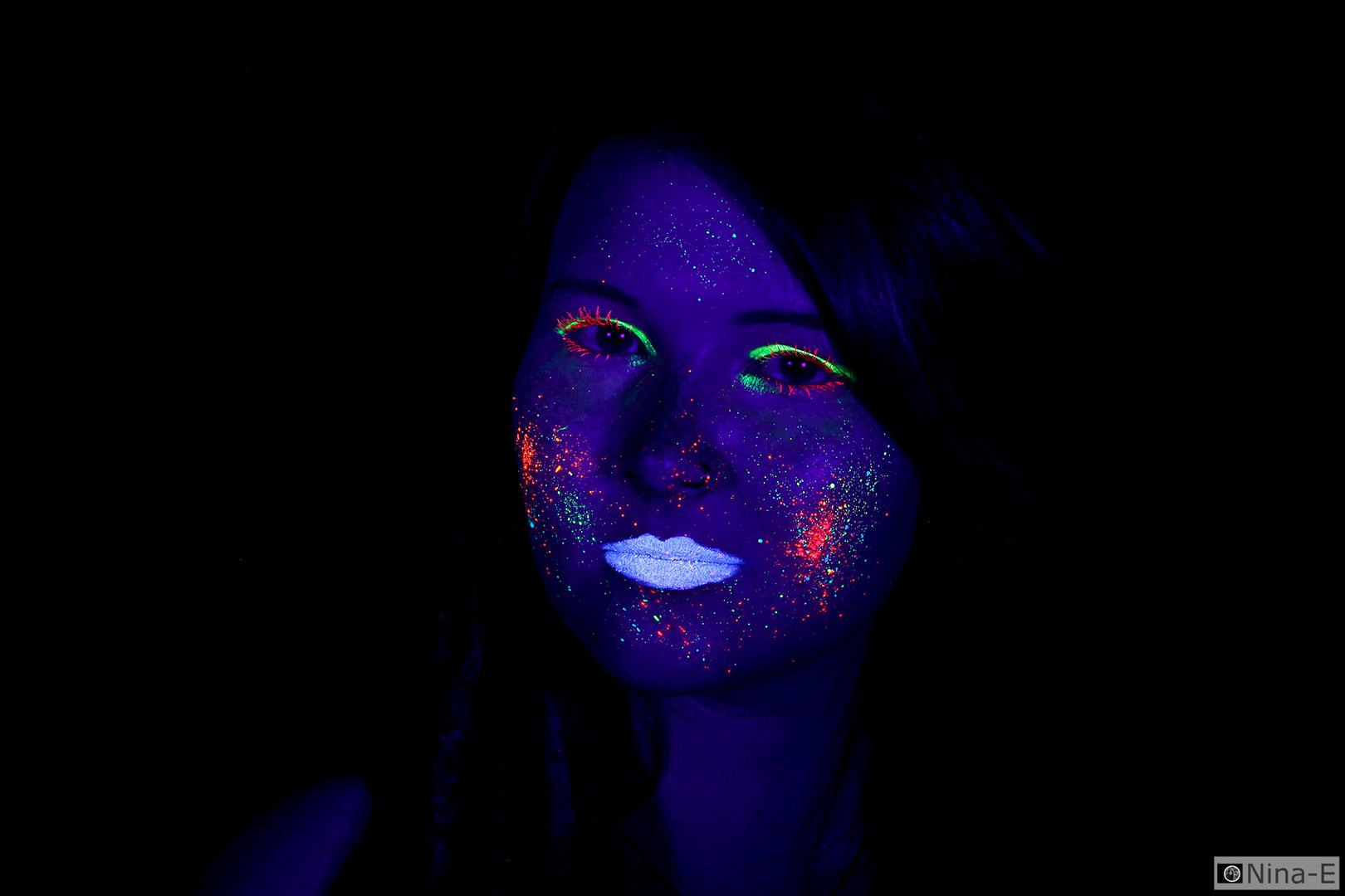 UV Lights VI