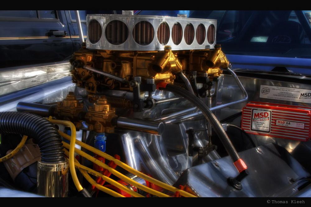 V8 Triebwerk