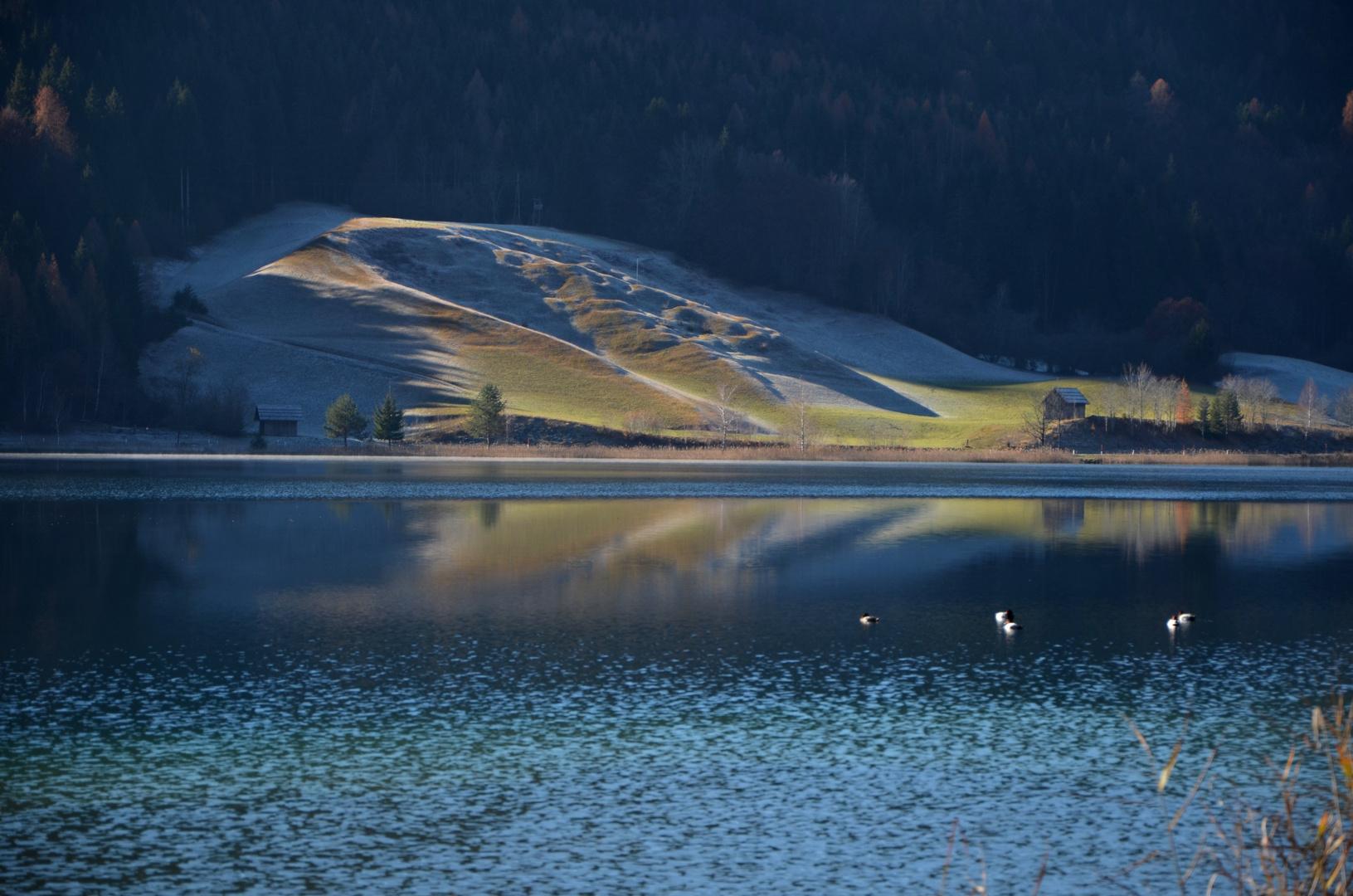 Väterchen Frost kehrt langsam ein..... (Weißensee,16.11.2011 )
