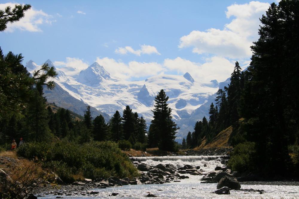 Val Roseg mit Gipfelpanorama
