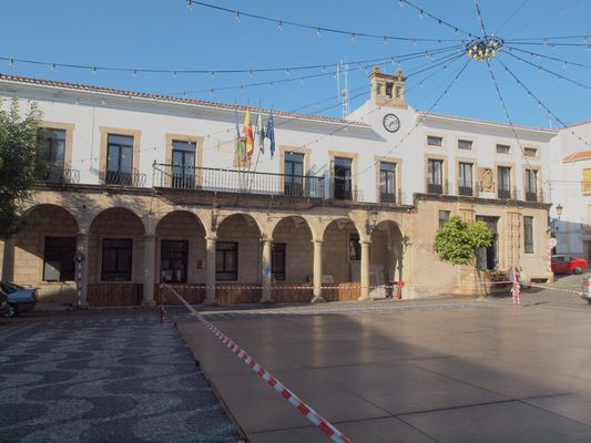 valencia de alcantara, plaza mayor