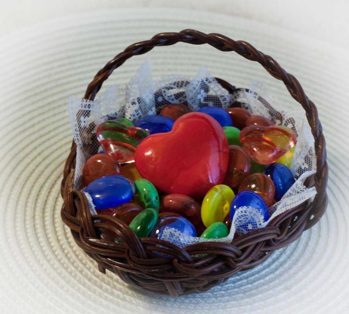 Valentine - Herz in Korb