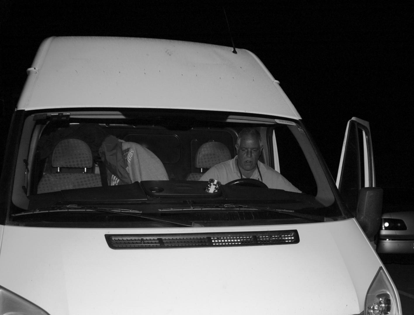 "Valldemossa, salida al aeropuerto 03:59 - 28mm F/4 1/50"" Iso 200"