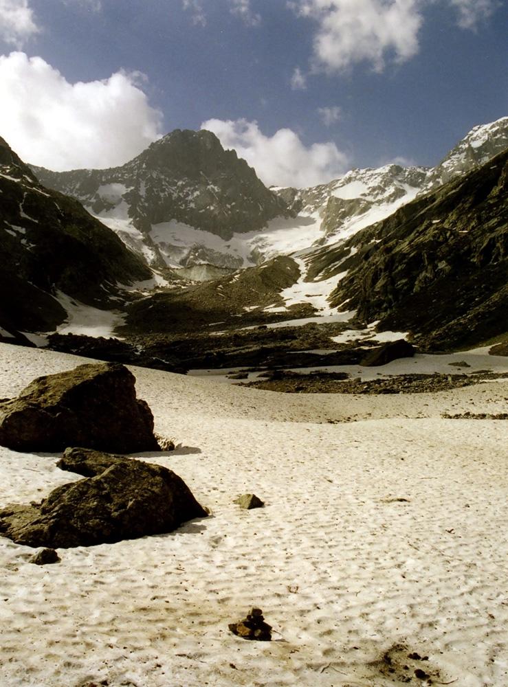 Vallée glacière alpine