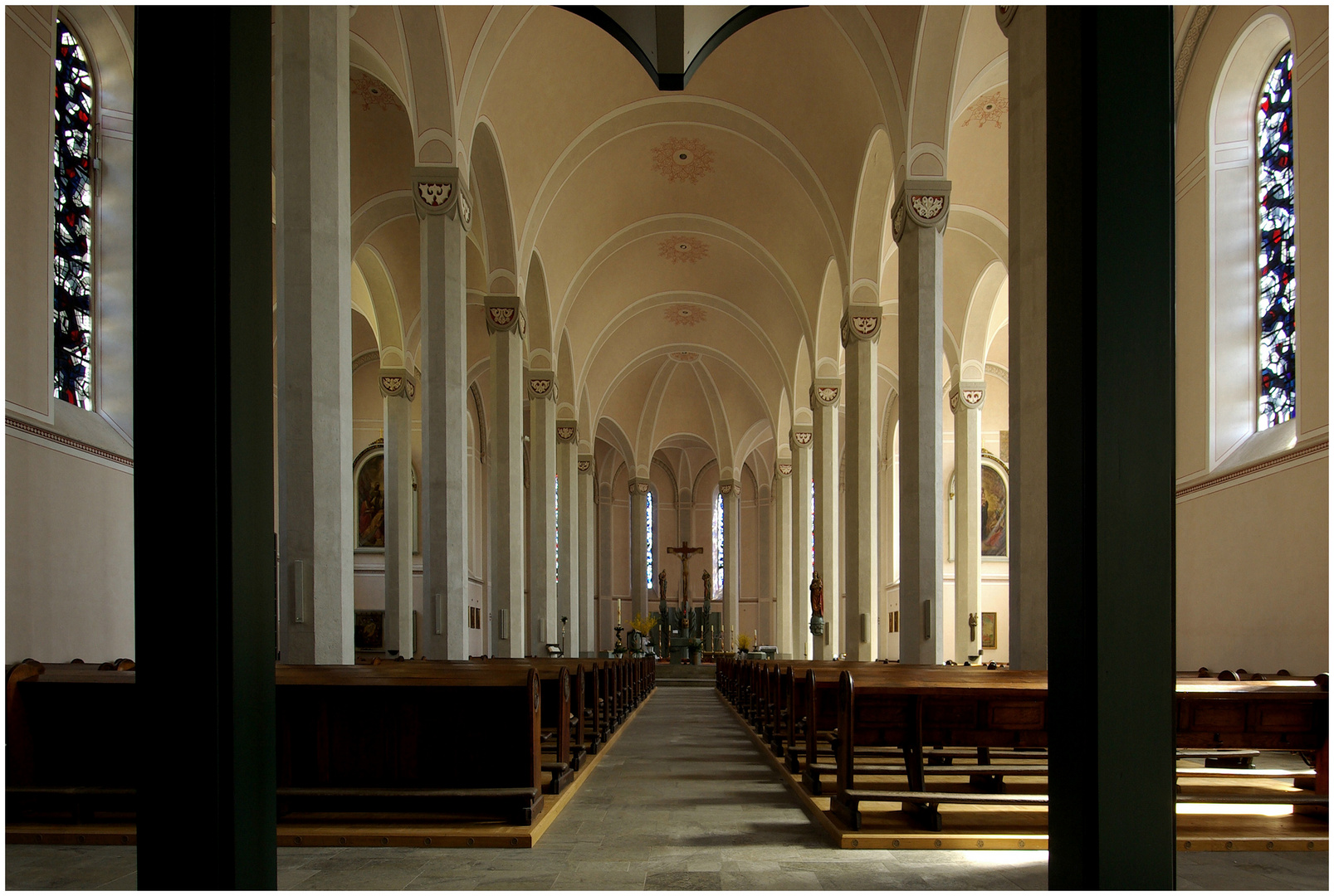 Vallendar (12) Kath.Pfarrkirche St.Petrus und St.Marcelinus