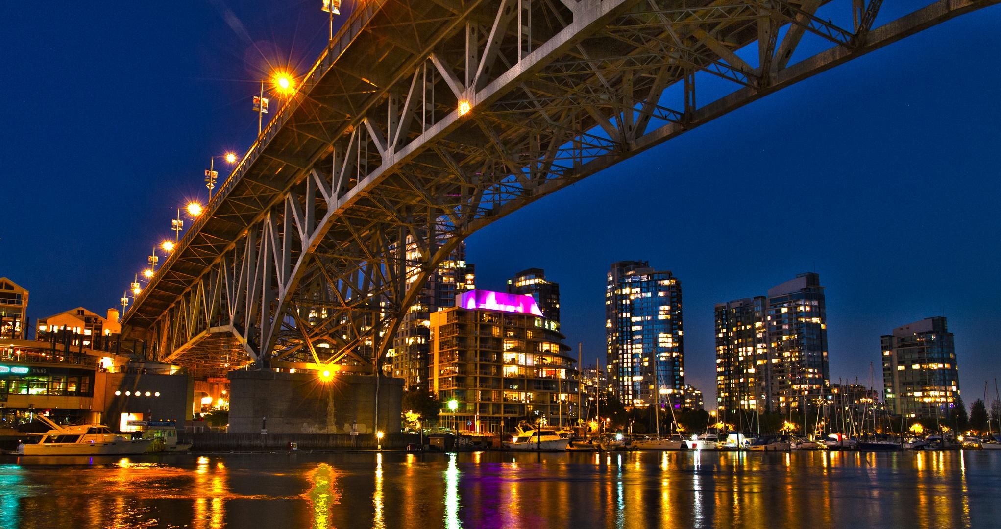 Vancouver Bay - Bridge