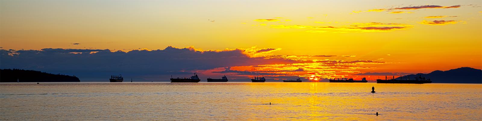 VANCOUVER - SUNSET AT ENGLISH BAY