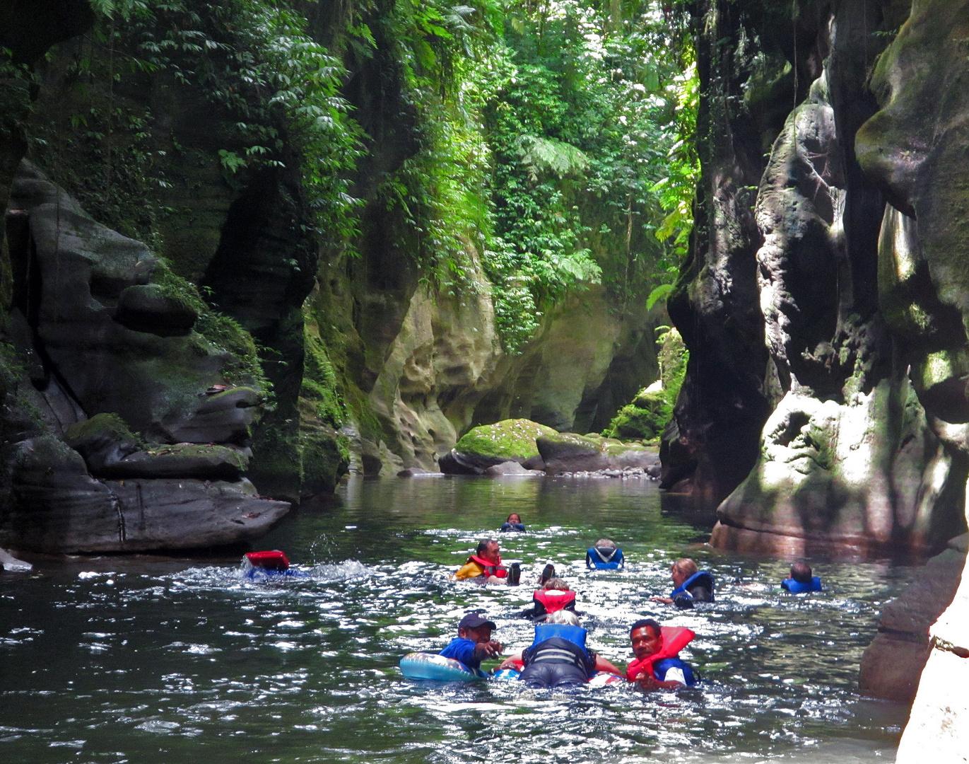 Vanuatu Millenium Cave Tour