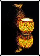 Vase im Kerzenlicht