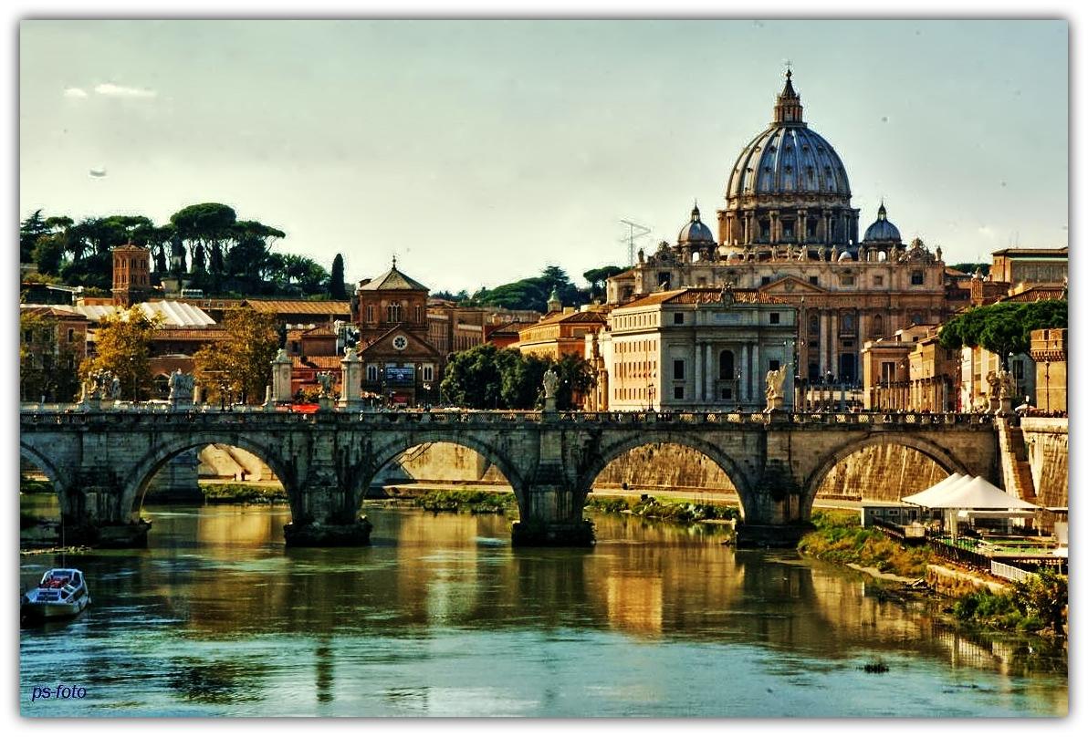 Vatican aus dem Tiber