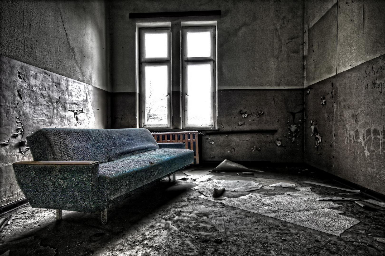 VEB Sofa