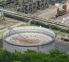 Veba Öl-Gasbehälter von der Halde Scholven gesehen