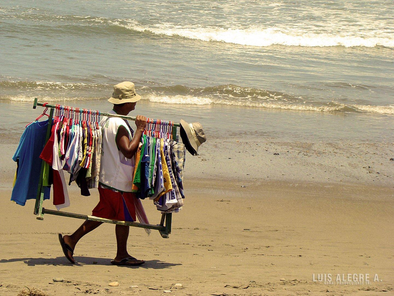 Vendedor en la playa