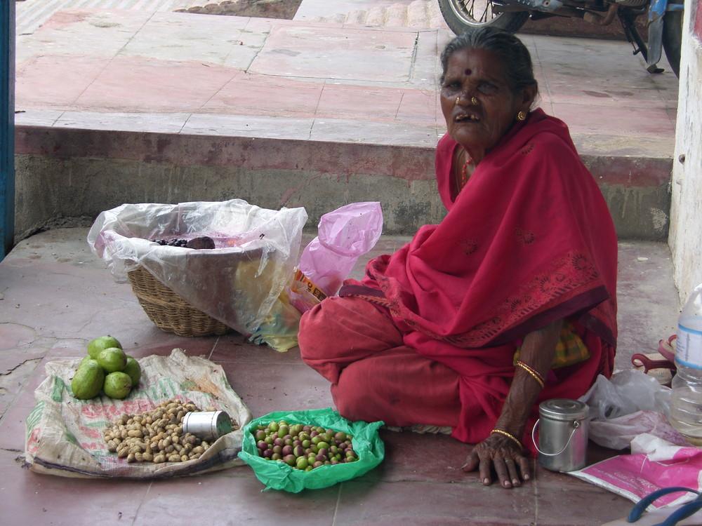 Vendeuse de cacahuètes