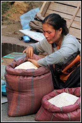 vendeuse de riz