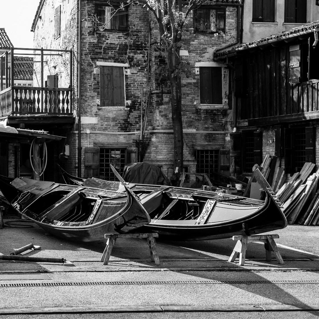 Venecia B&W 6
