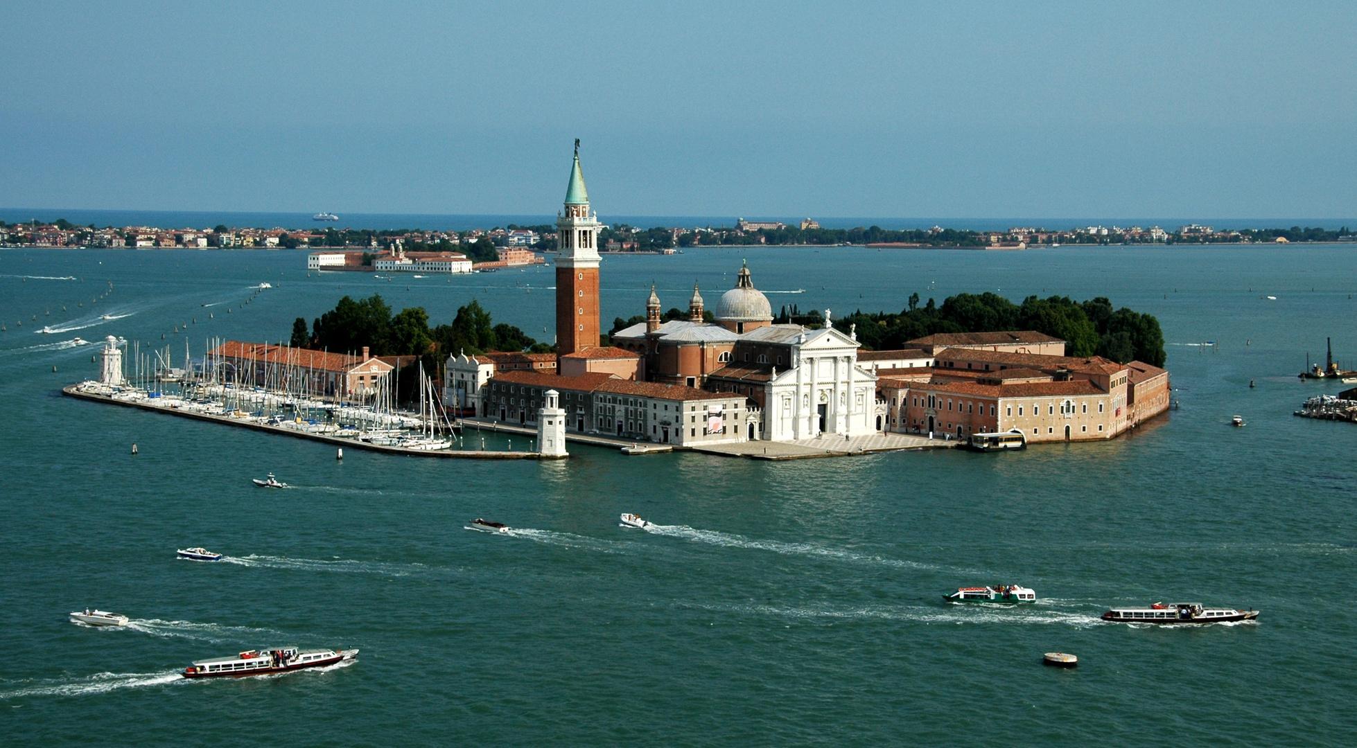 Venedig .