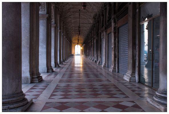 Venedig - der Weg zur Sonne...