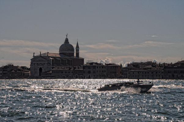 Venedig - Morgen am Giudecca-Kanal