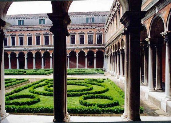 Venedig S. Giorgio Maggiore Kreuzgang