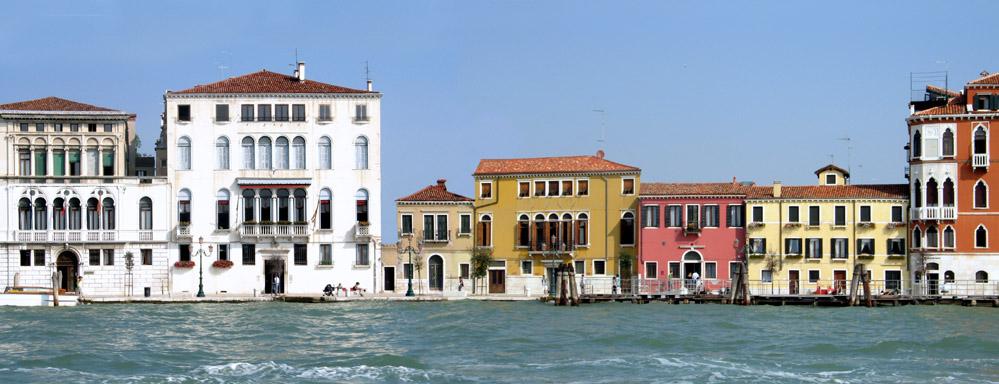 Venedig - Zattere-Kai mit Palazzo Clary