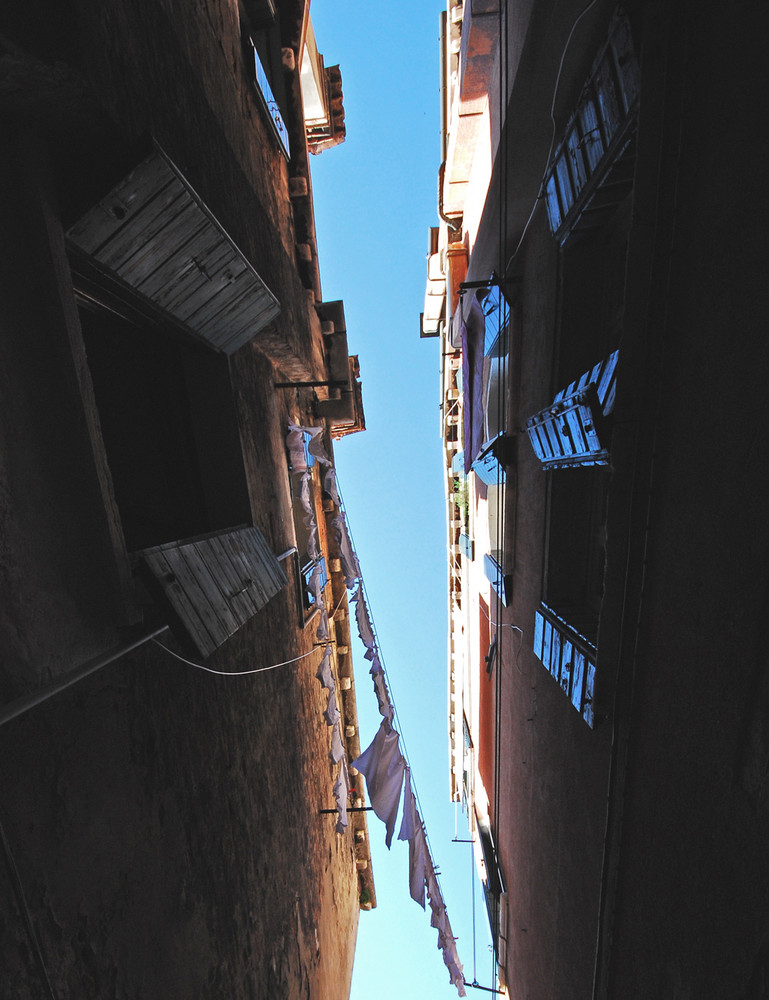 Venezia : dal basso verso l'alto....