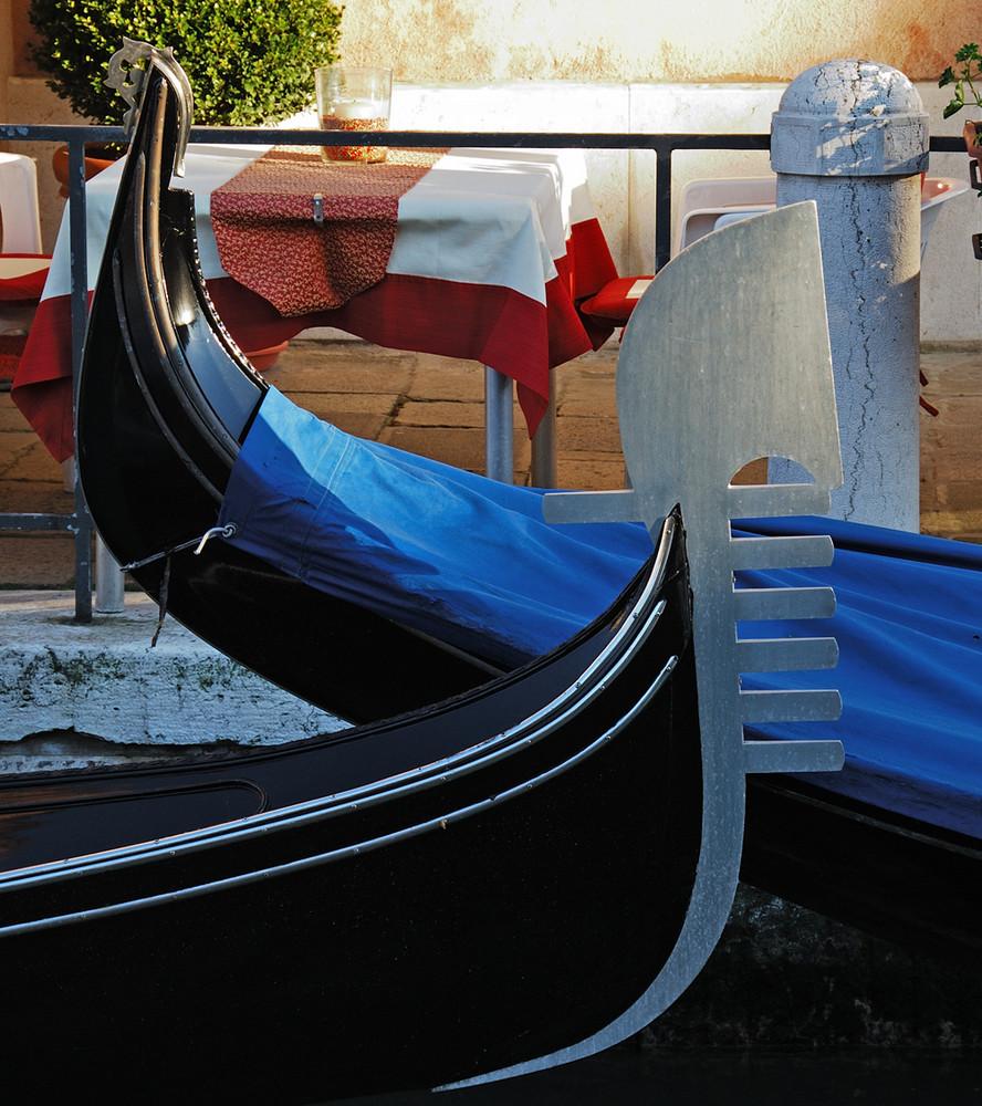 Venezia : gondole