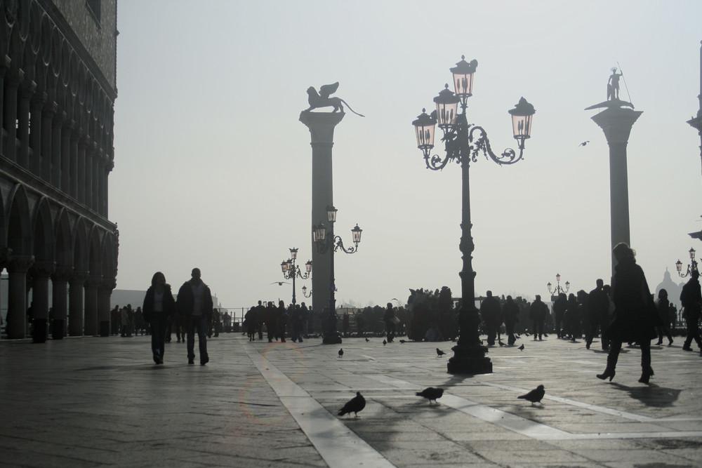 venezia... la piazza......