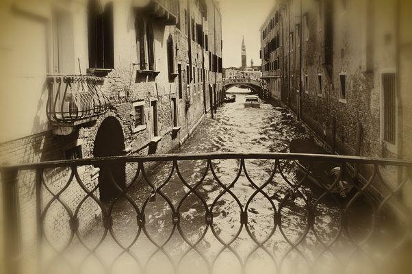 Venezia RAIN AND SUN