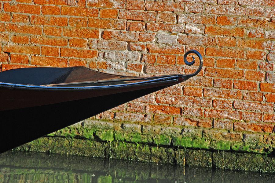Venezia : ricciolo di prua
