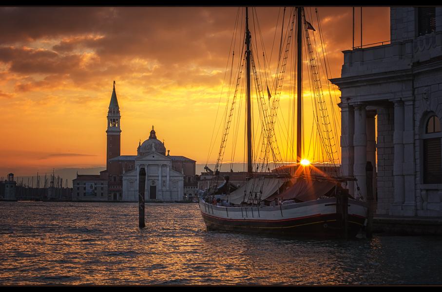 Venice sunrise (II)