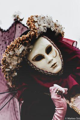 Venice umbrella mask
