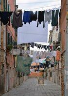 Venice, Washing day