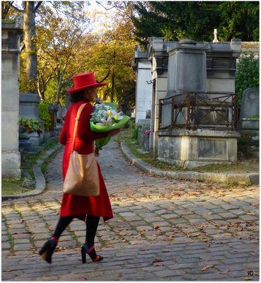 Venir fleurir ses morts à la Toussaint...