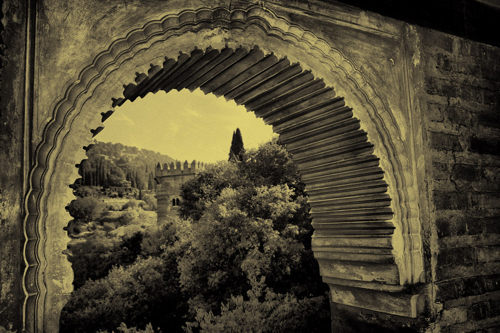 Ventana a la Alhambra