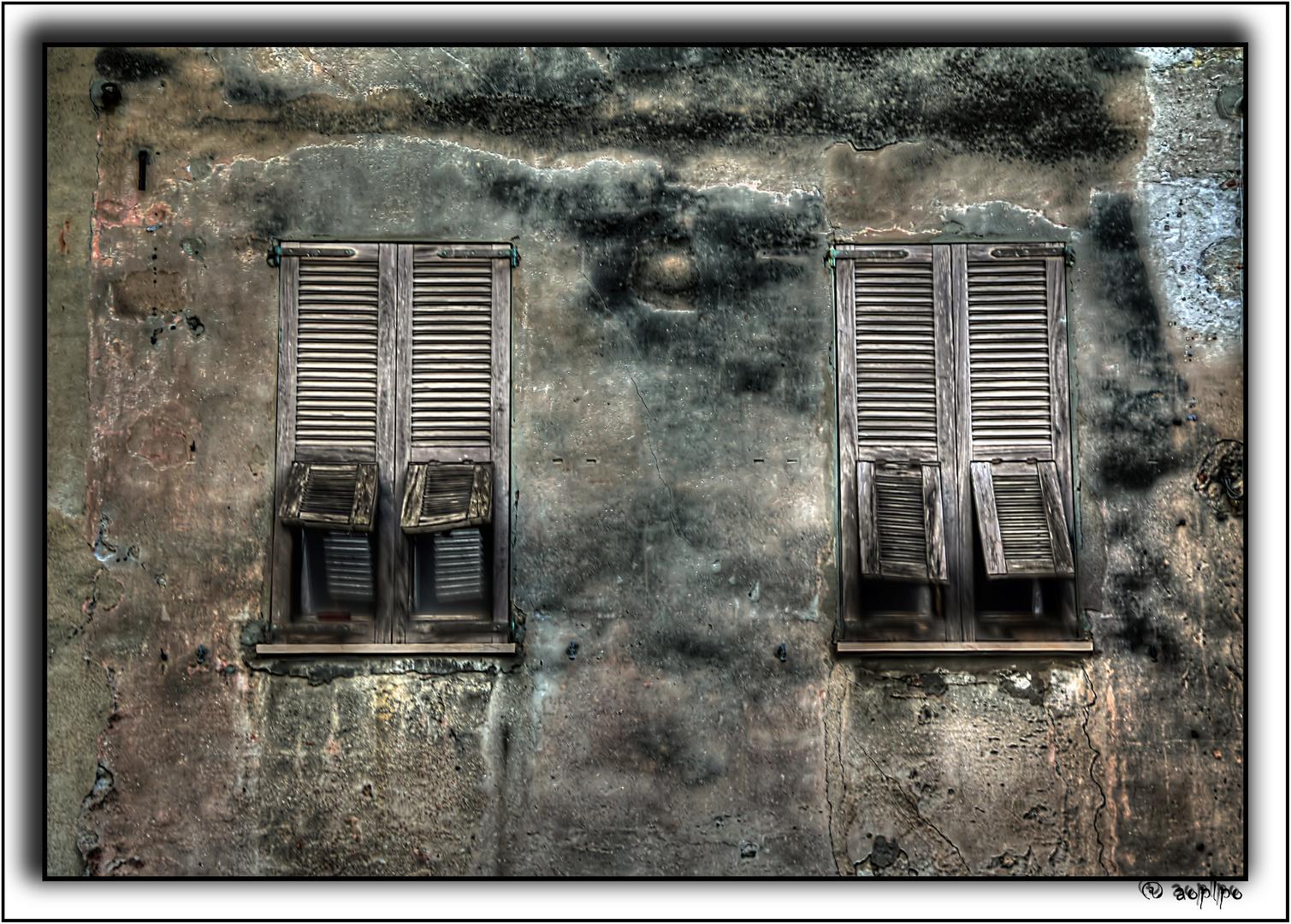 Ventanas en Cagliari - Cerdeña
