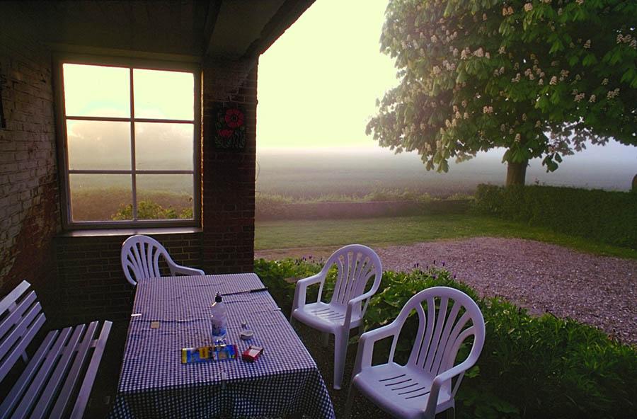 Veranda vor dem Frühstück