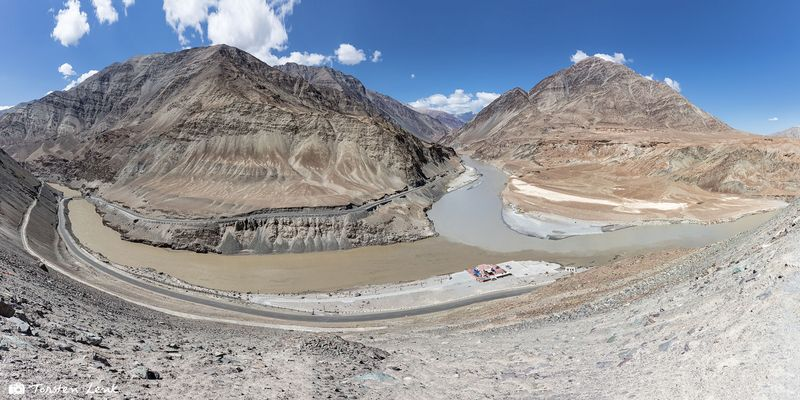 Vereinigung der Flüße Zanskar und Indus