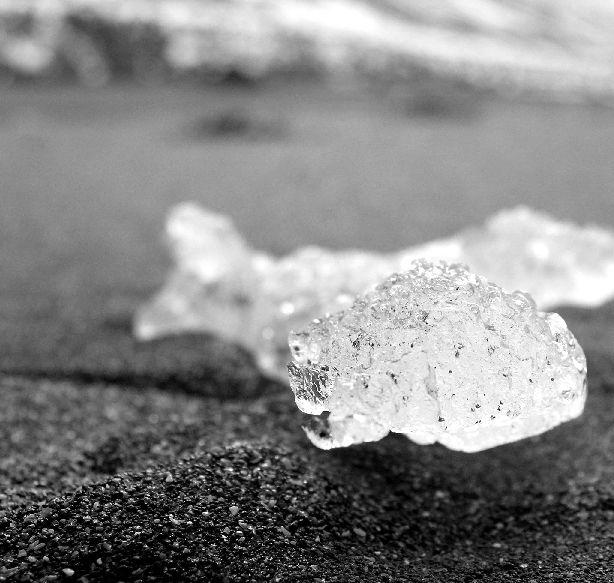 vereinzelt gefroren