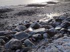 Vereiste Steine bei Strande