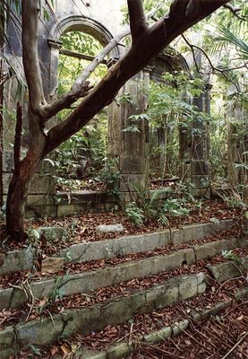 Verfallene Villa am Rio Negro (Amazonien)