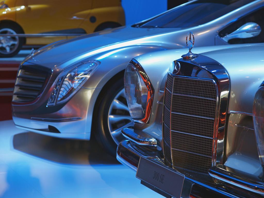 Vergangenheit und Zukunft (Mercedes)
