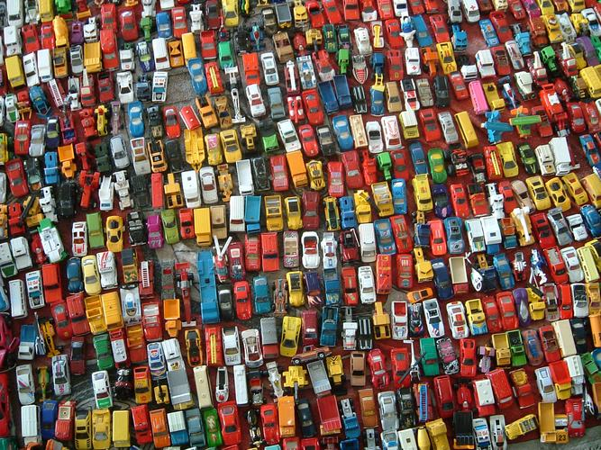 Verkehrschaos auf dem Trödelmarkt