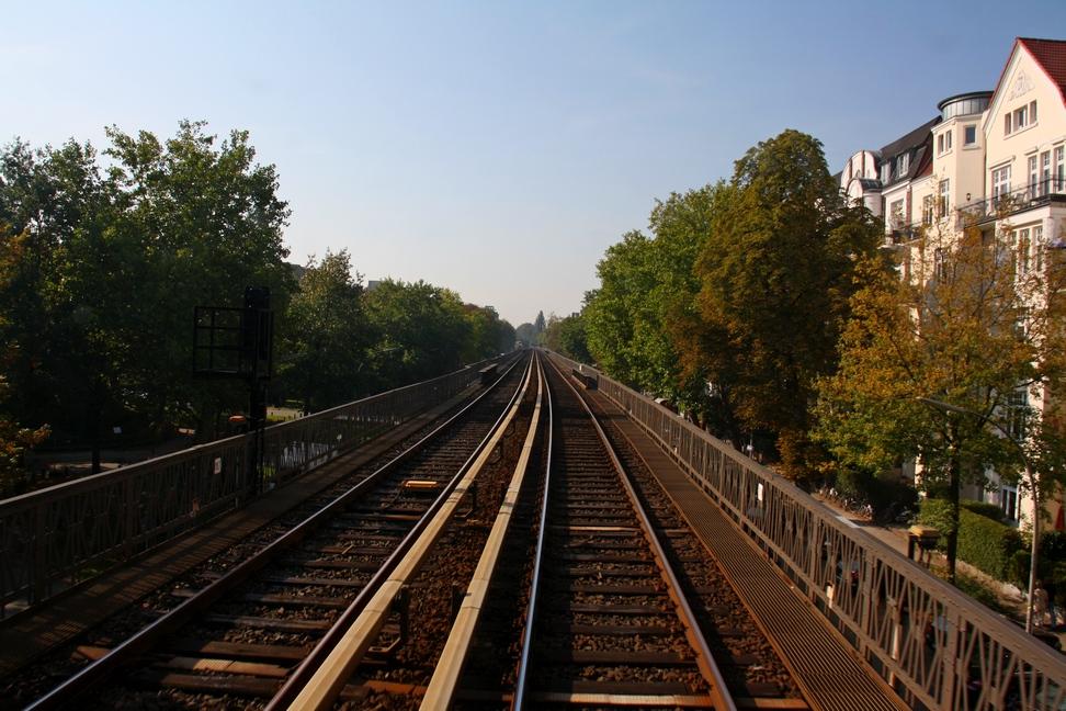 Verkehrshistorischer Tag 2011 - Fahrt auf der Hamburger Hochbahn-Strecke